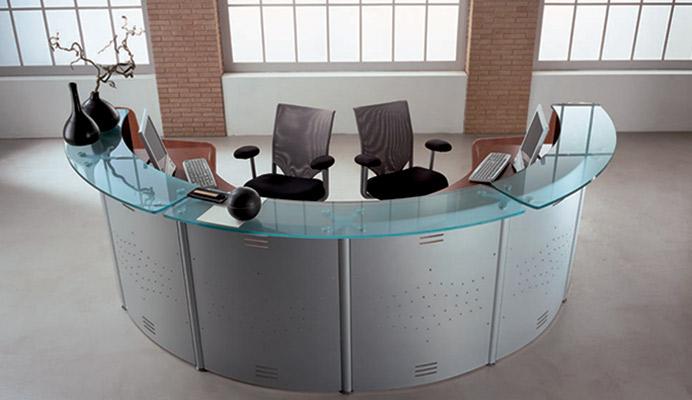 Arredo metallico ufficio armadi e banconi metallici for Reception per ufficio