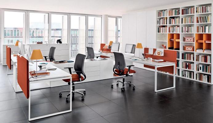 Arredo metallico ufficio armadi e banconi metallici for Arredamento d interni per ufficio