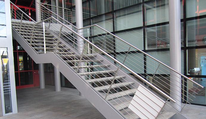 Soppalchi metallo e acciaio carpenteria metallica scale interne o esterne - Scale in acciaio esterne ...