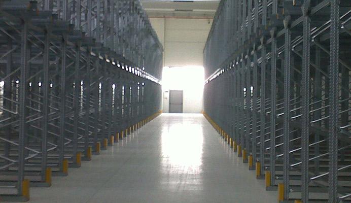 Scaffalature Metalliche Magazzino Vicenza.Scaffalature Metalliche Per Magazzino Padova Vicenza Treviso Venezia
